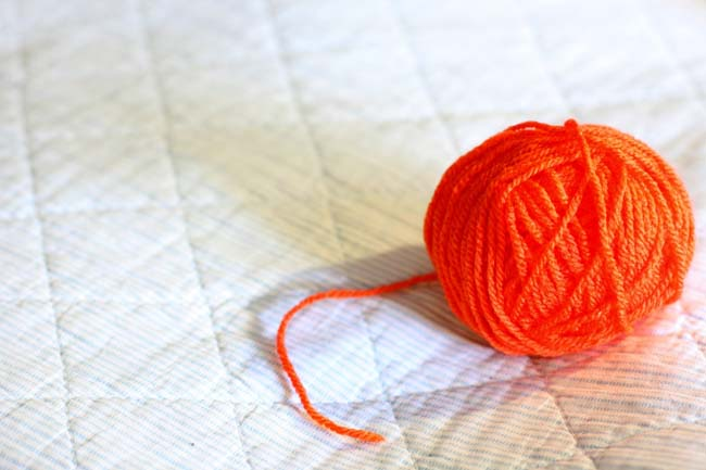 A ball of thread to knitting